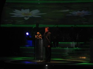 Terry Fator and Winston the Turtle